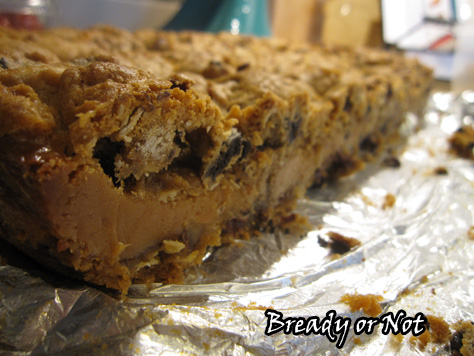Oreo Chocolate Chip Caramel Cookie Bars