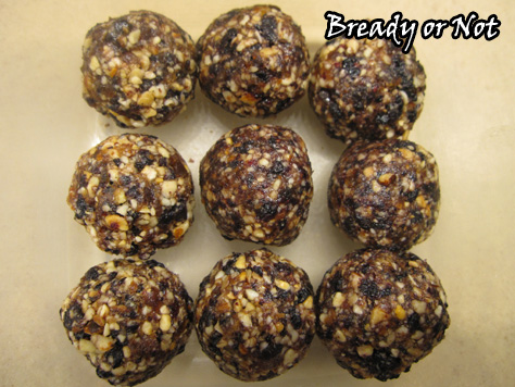 Bready or Not: Blueberry Muffin Breakfast Truffles