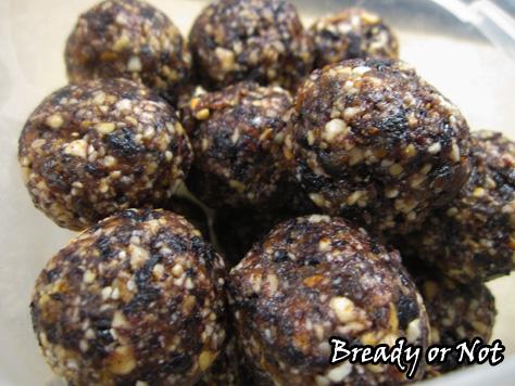 Bready or Not: Blueberry Muffin Breakfast Truffles